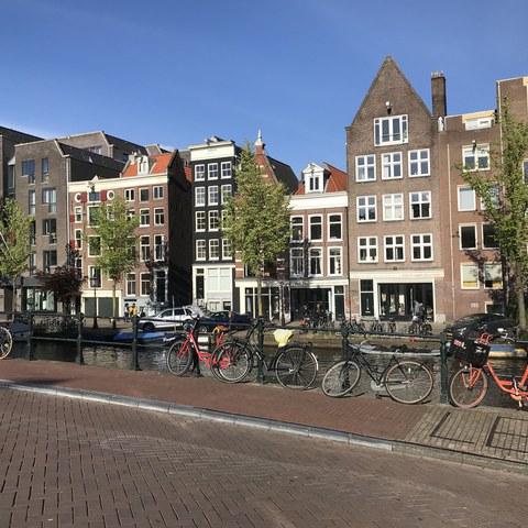 2 Amsterdam