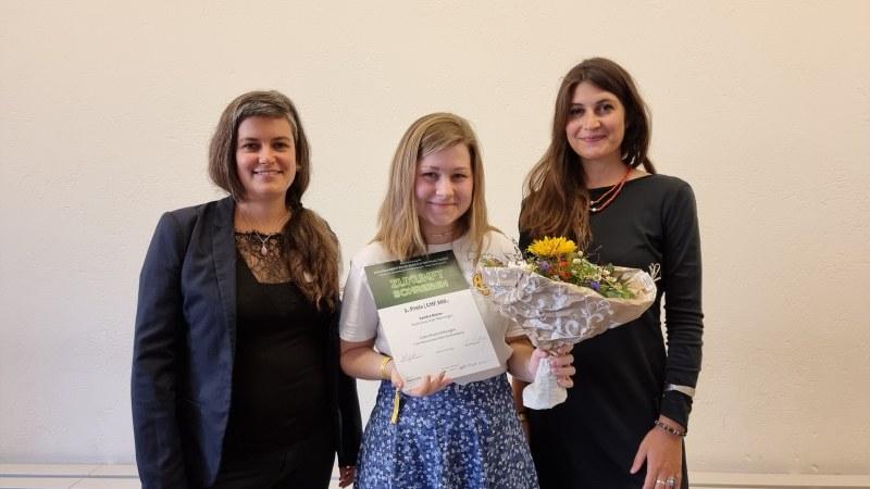 Sandra Büeler gewinnt erster Preis mit ihrer Maturaarbeit