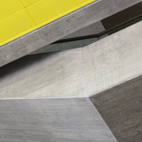 Skulpturale Betonkanten