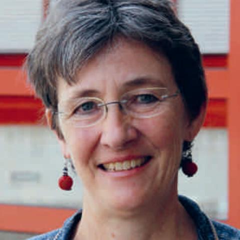 Claudia van Wezemael