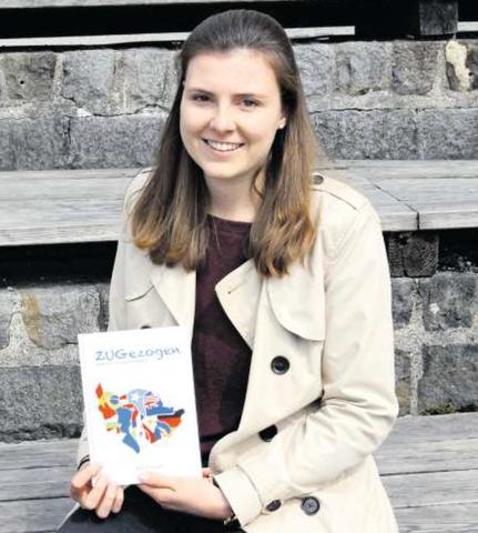 Severine Huwyler mit ihrem Buch