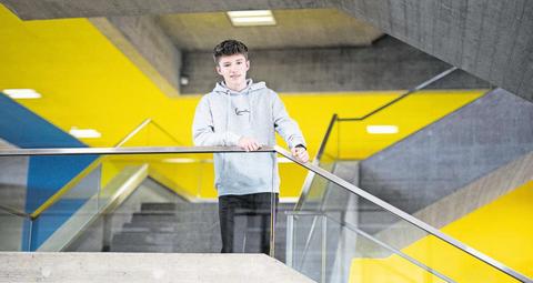 Der Hünenberger Noah Wenzin (18) zeigt in seiner Maturaarbeit die Vor- und Nachteile auf.