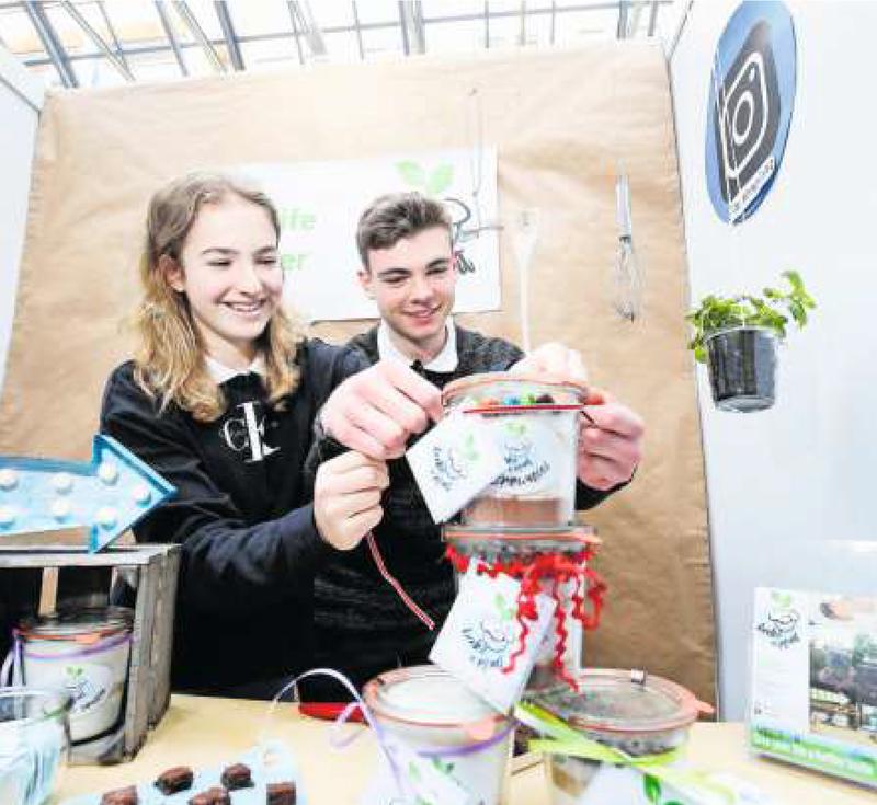 Schon letztes Jahr haben Schülerinnen und Schüler der Kanti Zug ihre Unternehmen vorgestellt. Bild: Stefan Kaiser (5. März 2019)