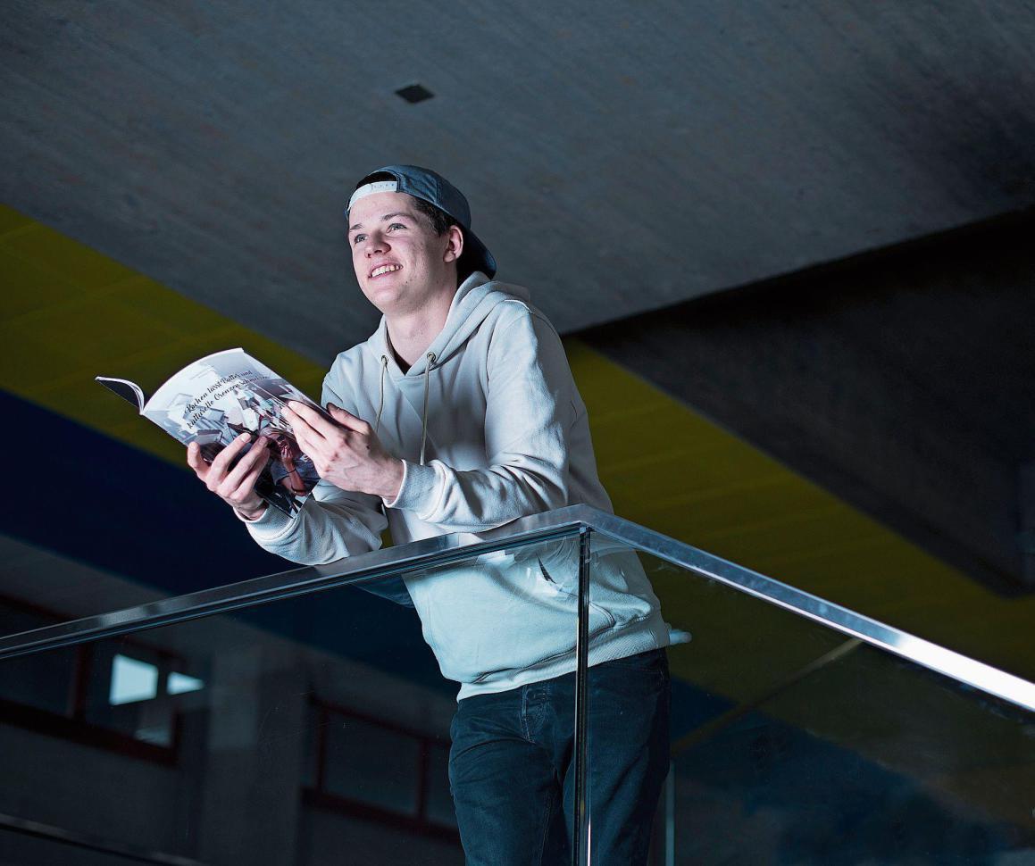 Elija Flühler ist ein junger Mann mit Weitblick. Bild: Maria Schmid (Zug, 9. März 2018)