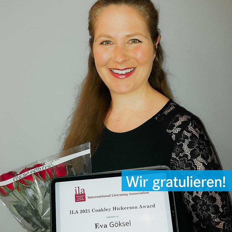 Eva Göksel mit dem Carolyn Coakley-Hickerson Preis
