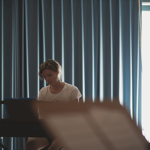 16 PH Band Klavier.jpg