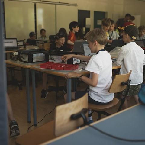8 Roberta Workshop 2.jpg