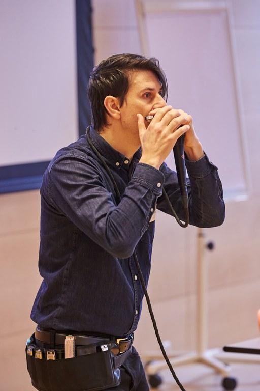Daniel Hildebrand sorgt für eine musikalische Einstimmung