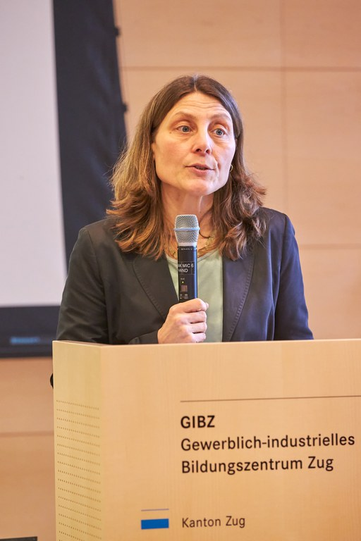 Katrin Kraus referiert über das Thema Validerung