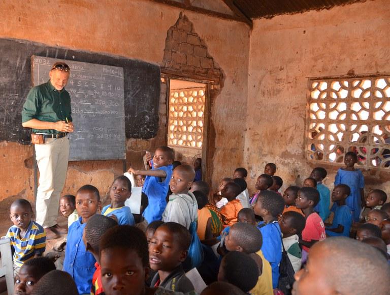 Aus der Schule – für die Schule: Eine Lektion in Malawi