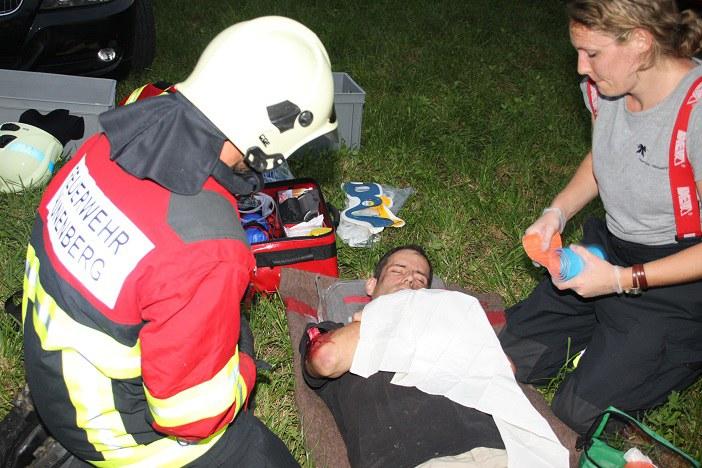 Sanitarische Behandlung eines Verletzten