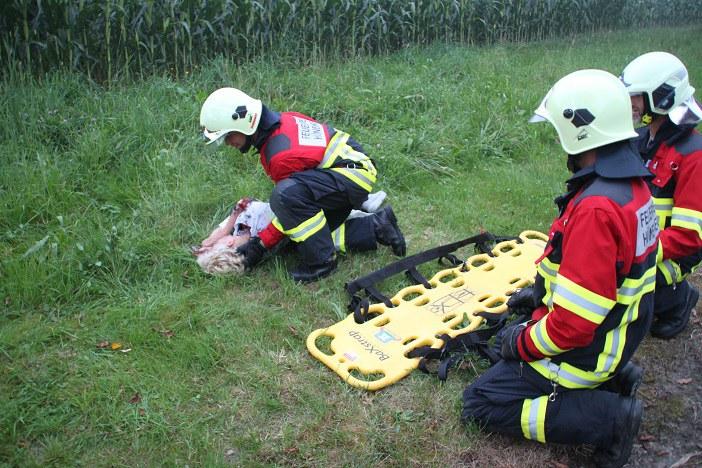 Schonende Betreuung einer Verletzten
