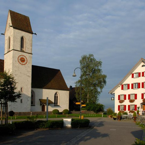 Kirchen in Hünenberg - St. Wolfgang