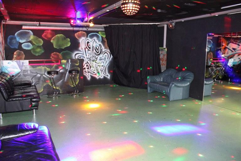 Disco- und Chill-out Raum