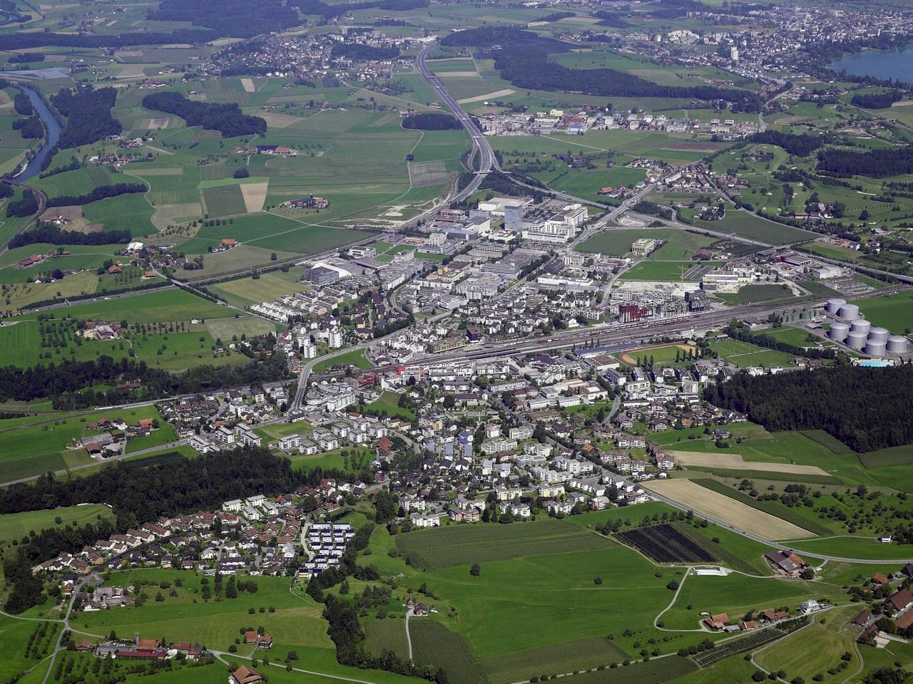 Luftbild der Gemeinde Risch