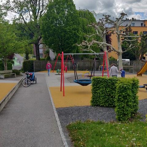 Spielplatz beim Friedhof Rotkreuz