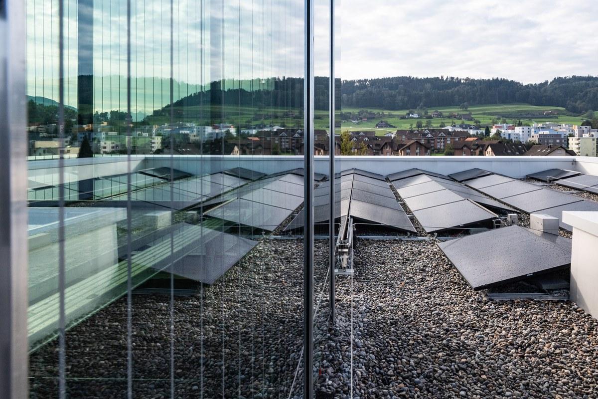 Photovoltaik Anlage Schulhaus 4