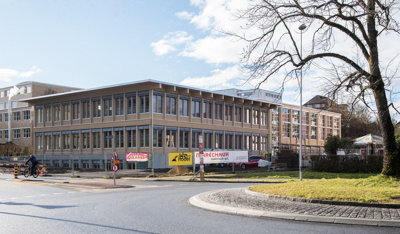 Aktuelles Projekt; Neubau Schulareal Waldegg