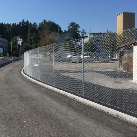 neuer Zaun beim Werkhofaussenareal