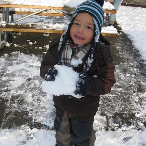 Spielen im Schnee 1