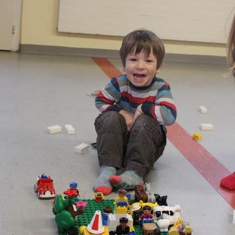 Legobauwerk.JPG