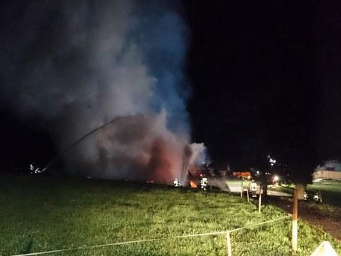 Brand einer Scheune bei Bibersee (TB 28.10.17)