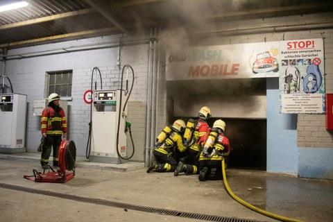 Nr.58 / Brand, Rauch Gebäude an der Bahnhofstrasse