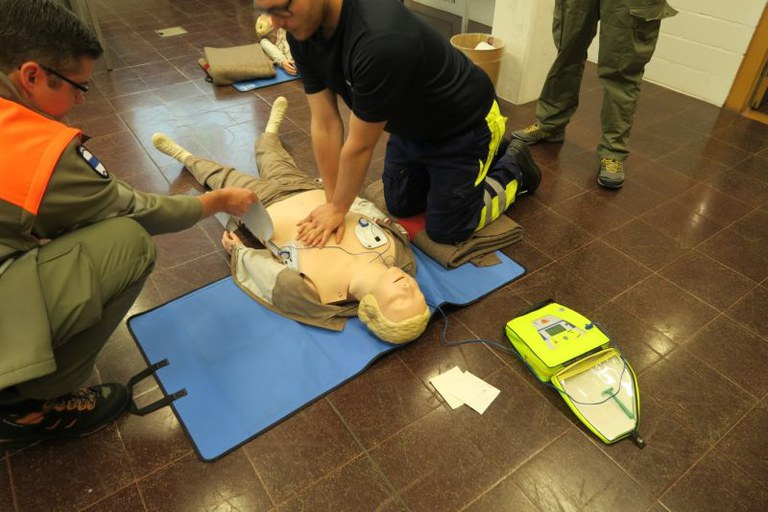 BLS AED