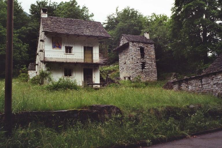 2-Familienhaus in Gerra/ Verzasca (TI)