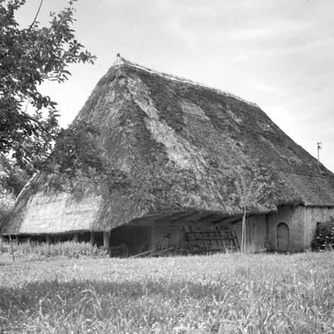 Strohdachhaus in Muhen (AG) erbaut 1720, Foto 1940